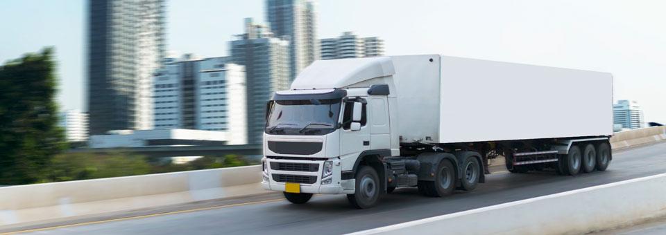 Clases de transporte de mercancías, la conexión logística que une mar y tierra